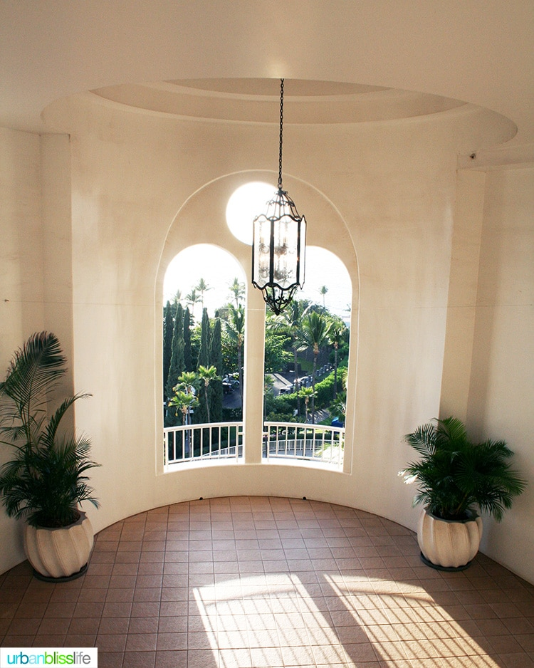 corner beautiful archway at fairmont kea lani maui resort
