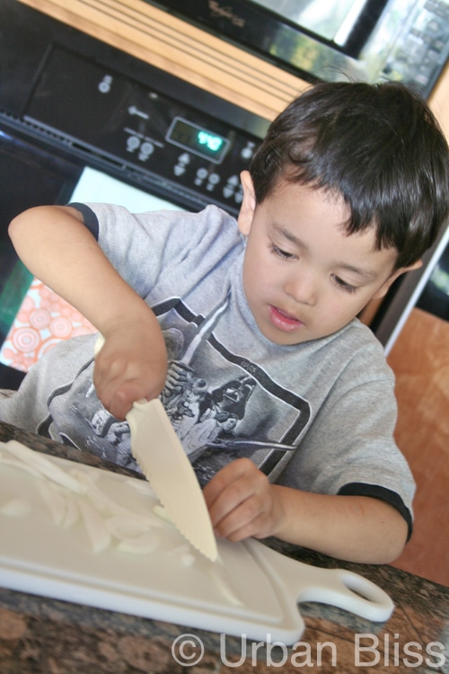 Top 10 Things Kids Can Do in the Kitchen - learn knife skills