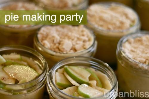 mini pies in a jar