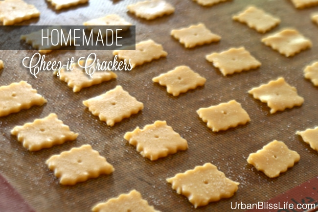 Homemade Cheez-its Crackers