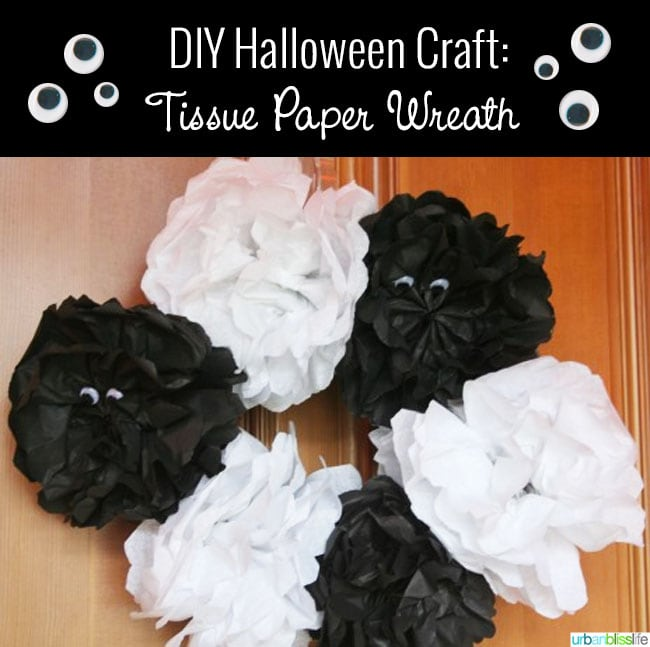 DIY Halloween Wreath Black White Googly Eyes