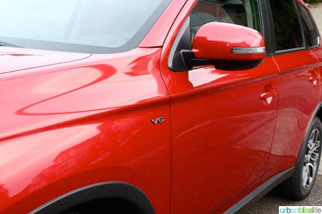 Mitsubishi Outlander exterior