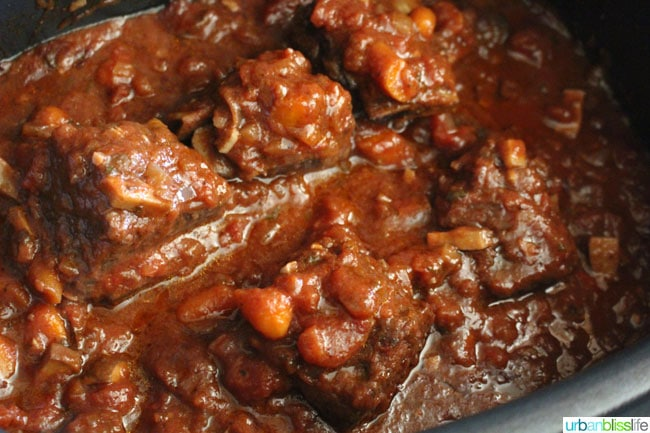 Red Wine Slow Cooker Braised Short Ribs