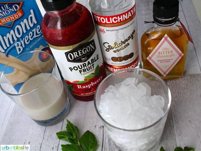 Boozy Berry Smoothie Shots recipe on UrbanBlissLife.com