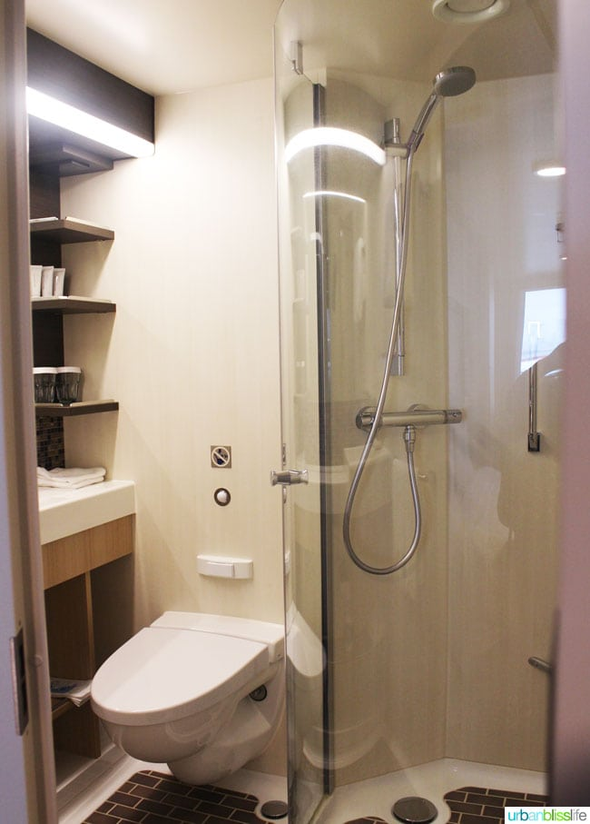 Royal Caribbean Anthem of the Seas Review - Shower