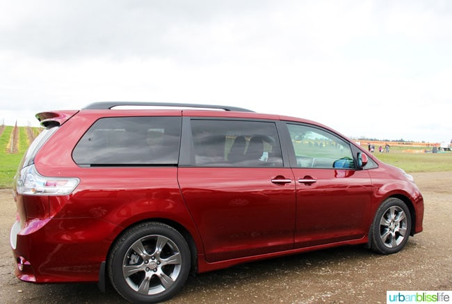 2016 Toyota Sienna review: exterior