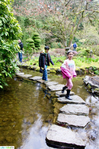 Family-friendly Things to Do in Victoria BC Canada: Butchart Gardens on UrbanBlissLife.com