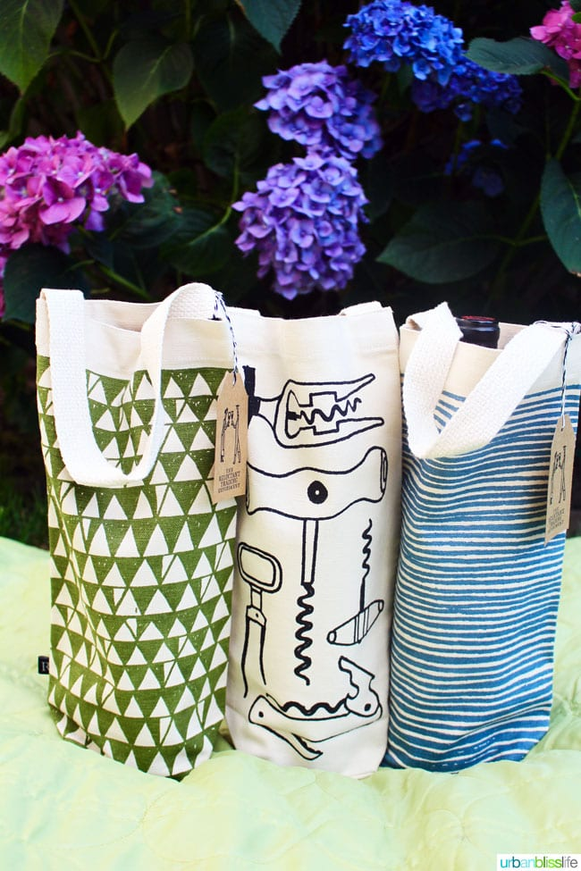 Picnic wines and wine totes