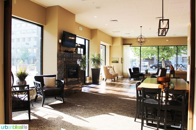 Lobby of Hotel Maison in Yakima