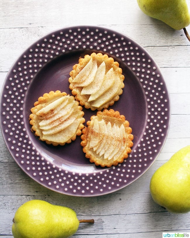 pear-tartlets