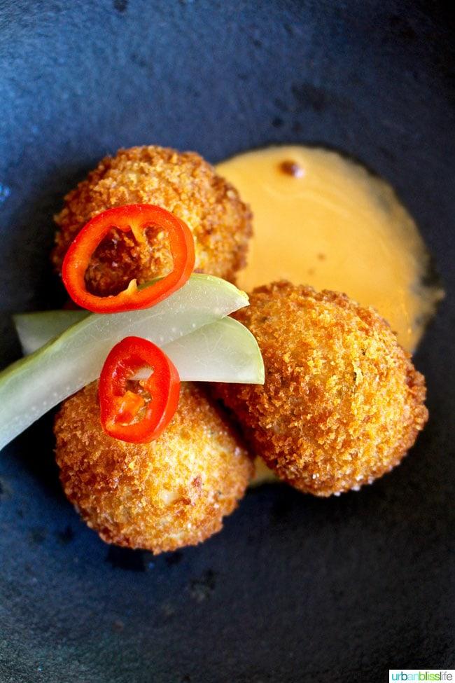 Tupelo restaurant crab fritters