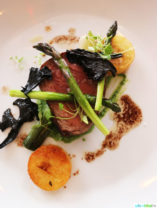 strip loin at salishan restaurant samphire