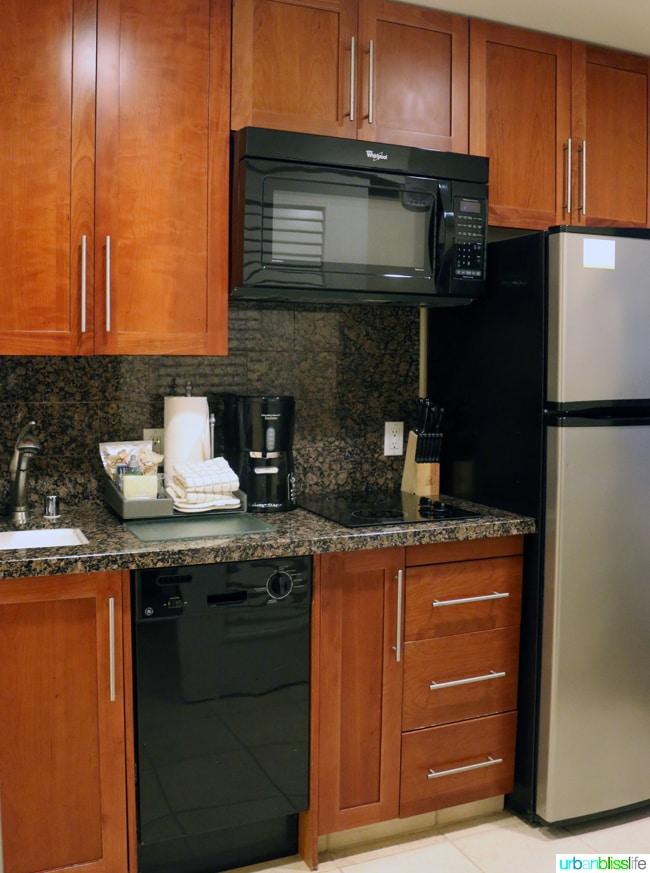 Kitchenette in guest room at Kauai Westin Princeville Ocean Resort Villas
