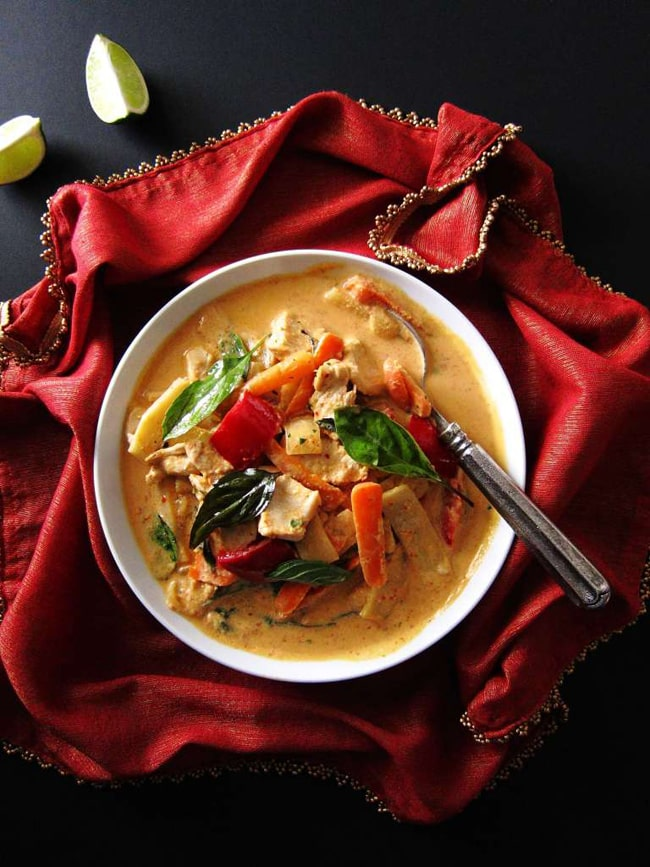 15 Family Friendly Instant Pot Recipes: Thai Red Curry with Chicken