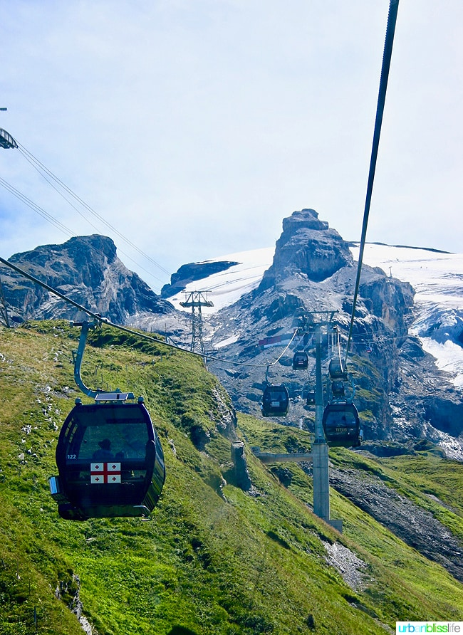 lift ride up to mount titlis