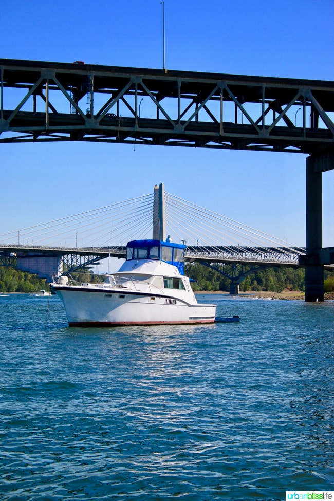 Beers, Boats, and Bridges: An Afternoon on BrewBarge PDX on UrbanBlissLife.com