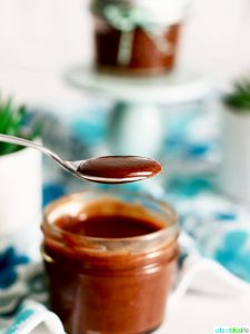 Homemade Nutella recipe on UrbanBlissLife.com
