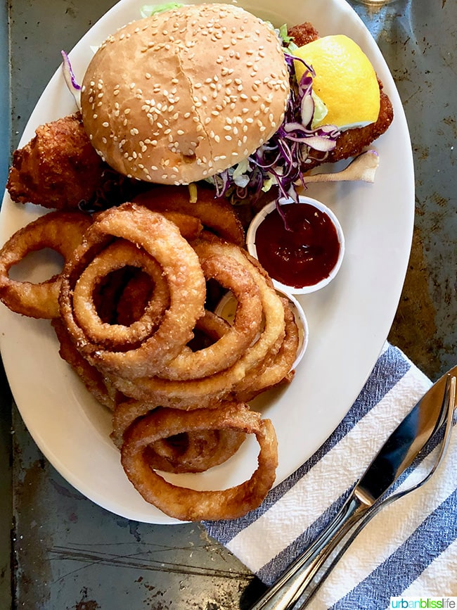 Suttle Lodge in Sisters Oregon burger and onion rings