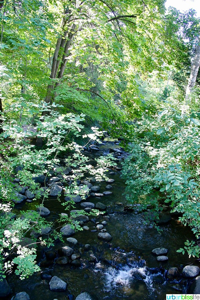 Ashland Oregon Travel Guide - Lithia Park