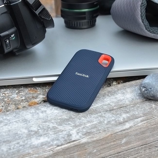 Top Travel Photography Gear: Sandisk Extreme Portable Storage