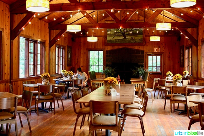 Silver Falls Lodge DIning Hall