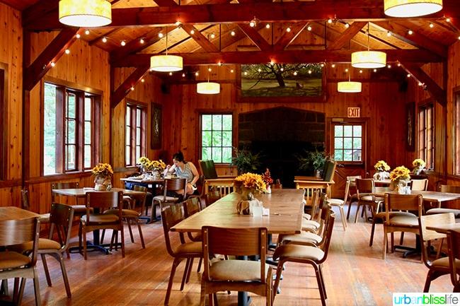 Silver Falls Lodge DIning Hall