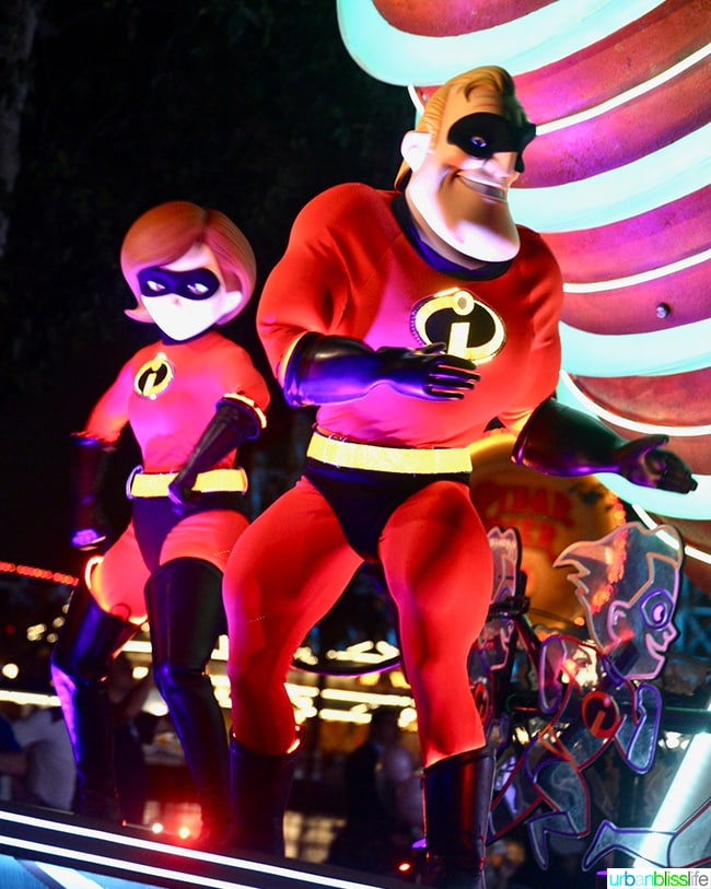 Disneyland Pixar Pier Parade The Incredibles