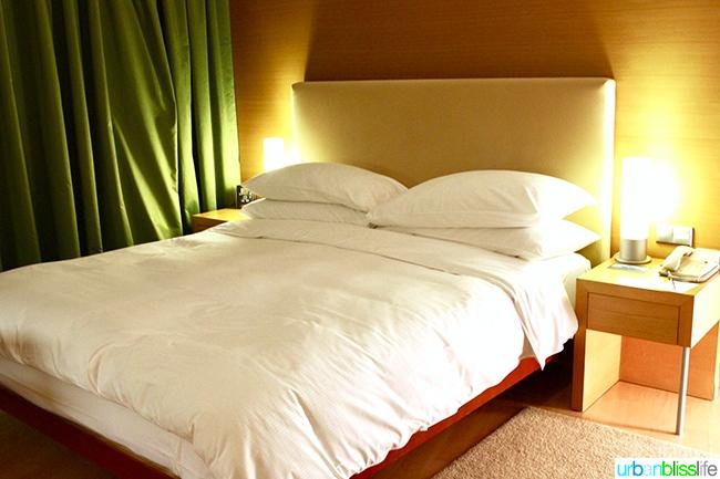 Hilton Athens executive Suite Level bed