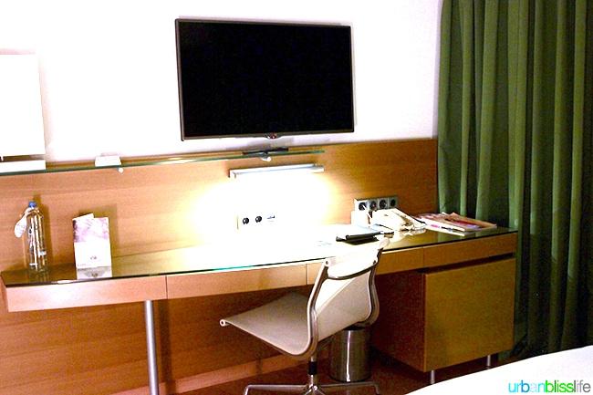 Hilton Athens desk