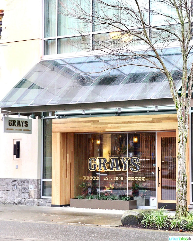Where To Eat In Vancouver Wa Grays Restaurant Urban