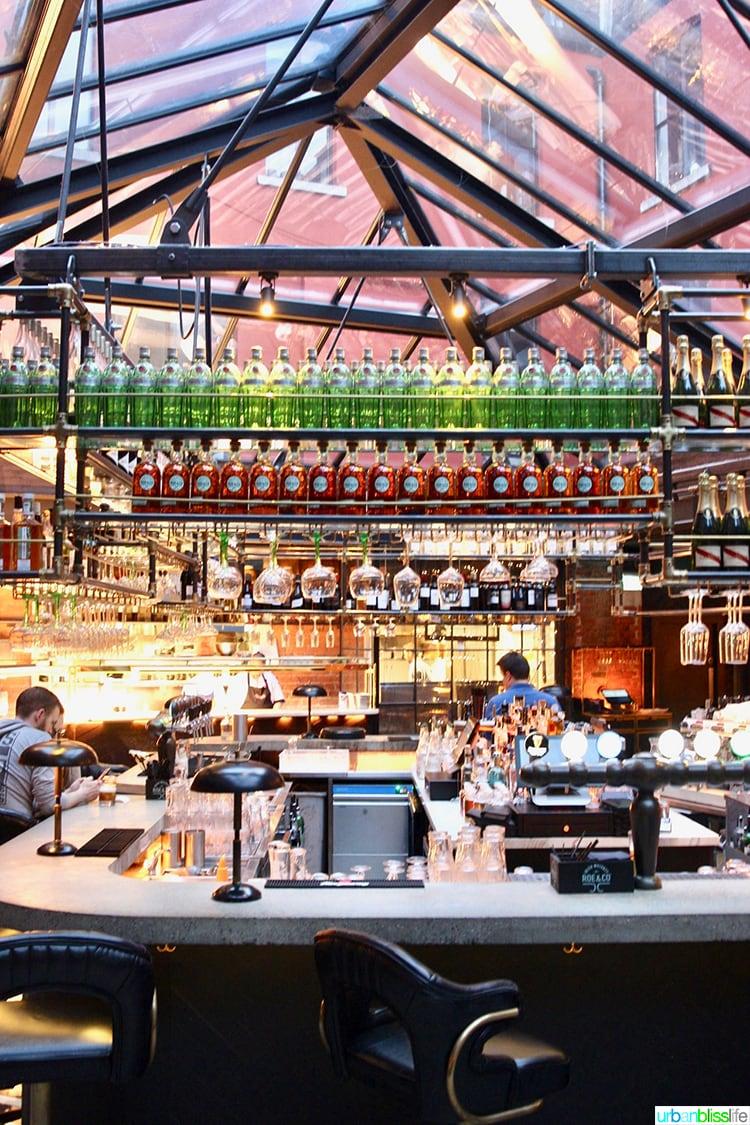 Robertas Bar