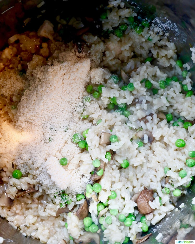 rice and mushrooms in instant pot