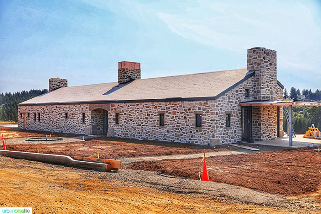 Alloro Vineyards new tasting house under construction