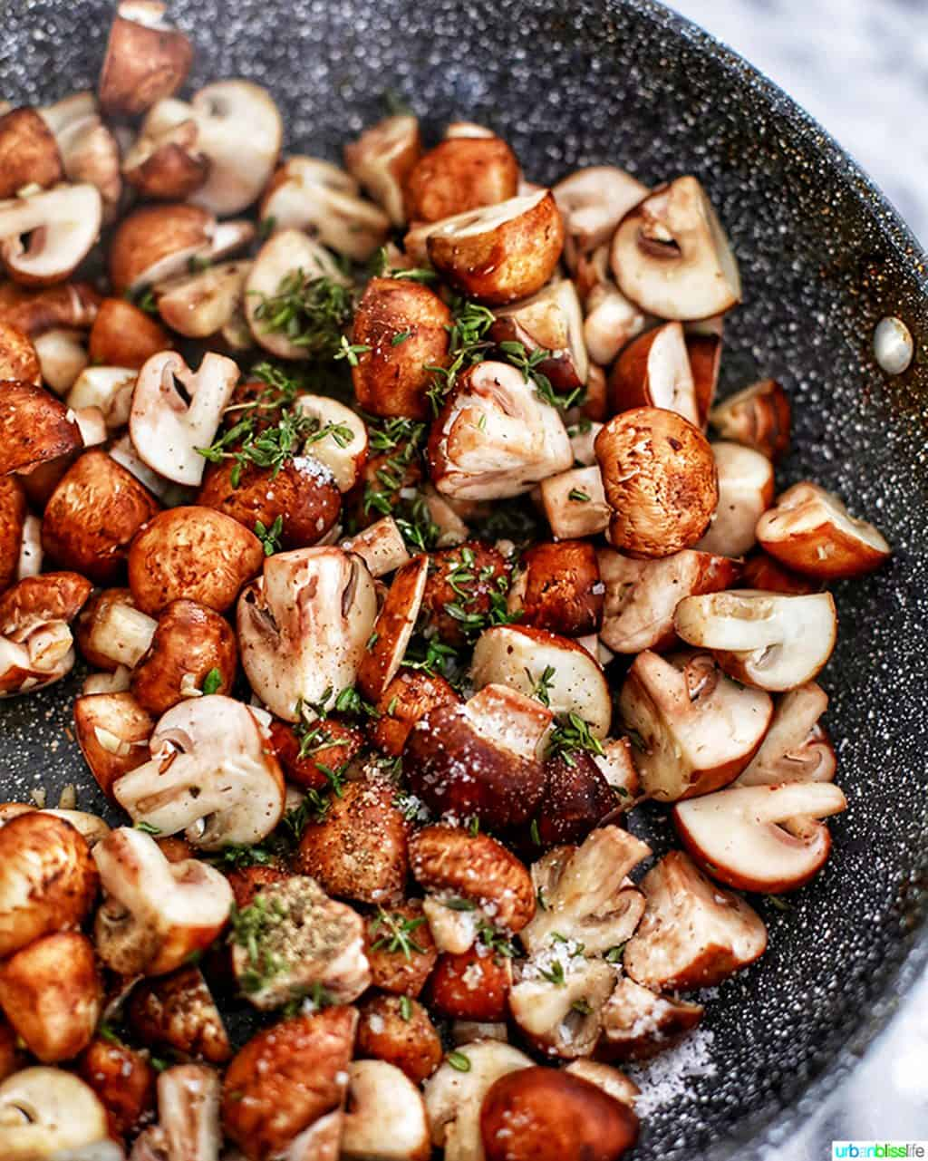 mushrooms with thyme