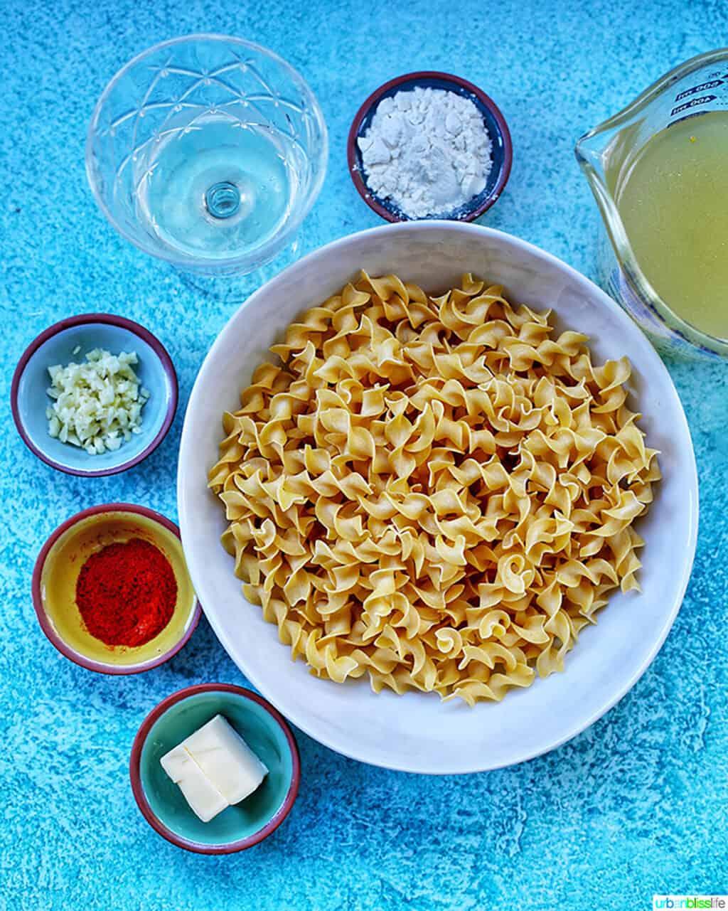 ingredients for paprika pasta